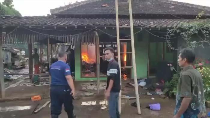 Masak Hidangan Buka Puasa Lalu Ditinggal Keluar Pemiliknya, Dua Bangunan di Trenggalek Terbakar