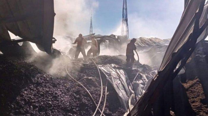 Pabrik Pengolahan Minyak di Gresik Kebakaran Saat Libur Idul Adha, Kerugian Ditaksir Miliaran Rupiah