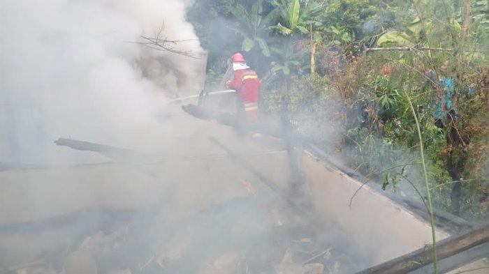 Rumah Lansia di Bojonegoro Ludes Terbakar, Dipicu Korsleting Listrik