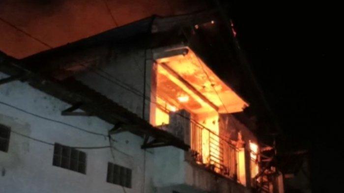 Kebakaran Terjadi di Toko Textile Hayati Ponorogo