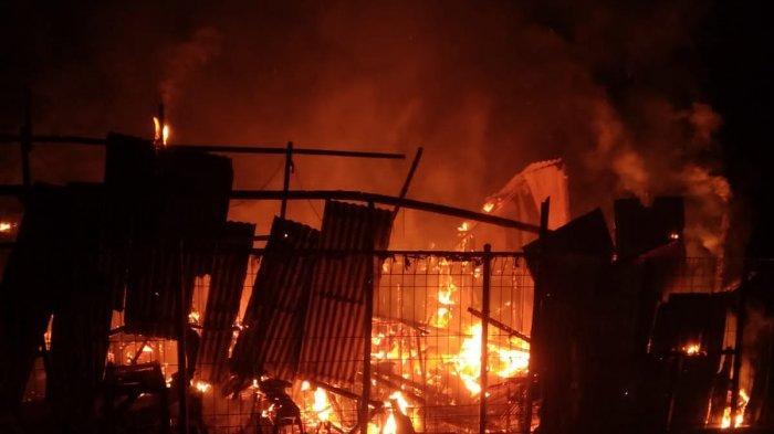 Elpiji Bocor, Warung Soto di Gresik Dilalap si Jago Merah Menjelang Sahur