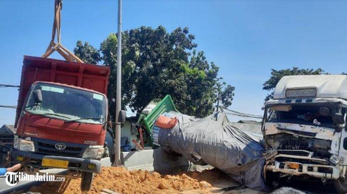 Kecelakaan Karambol 3 Truk di Pintu Jembatan Sembayat, Diduga Gegara Rem Blong Tronton Batu Bara