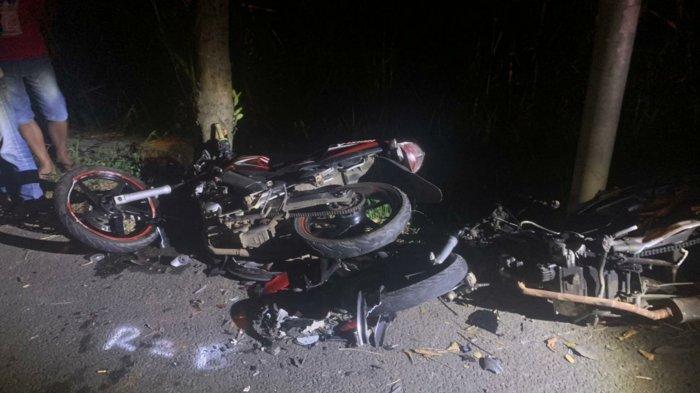 Dua Pemotor Tewas Saling Bertabrakan Adu Moncong di Jalan Gondang Mojokerto