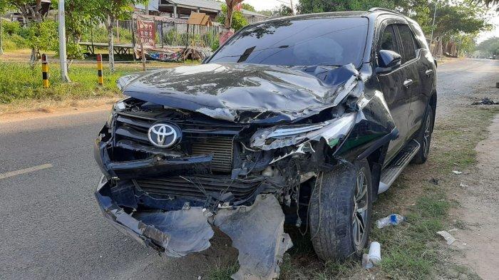 Dua Remaja di Sampang Tabrak Moncong Toyota Fortuner Milik Warga Bangkalan, Keduanya Meninggal