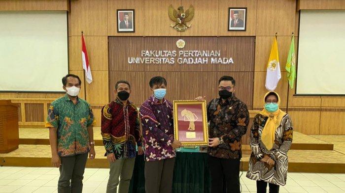 Bupati Kediri Mas Dhito Gandeng UGM Kembangkan Pertanian dan Perkebunan di Kabupaten Kediri