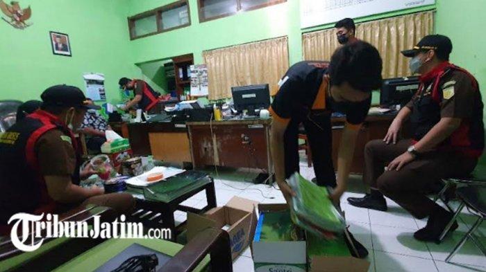 Kejari Geledah Kantor Kemenag Kabupaten Pasuruan, Laptop dan Ratusan Berkas Disita