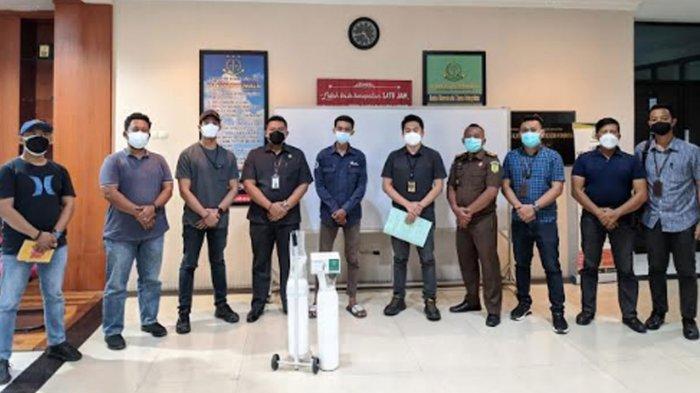 Jual Tabung Oksigen di Atas Harga Wajar, Kurir Perusahaan Jalan Mulyosari Diamankan Kejari Surabaya