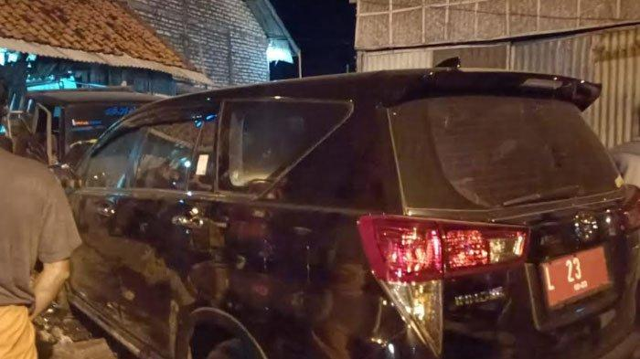 Polisi Buka Suara Soal Plat Nomer Ketua Bawaslu Jatim yang Tak Terdaftar saat Kecelakaan di Sampang