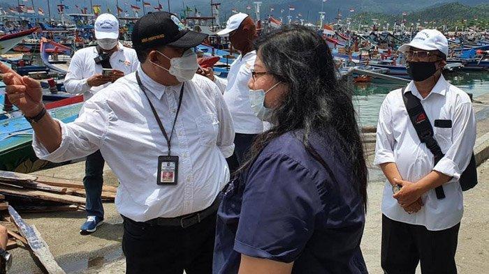 Kini Urus SIPI Lebih Mudah, DPMPTSP Jawa Timur Jemput Bola Dekatkan Layanan ke Kampung Nelayan