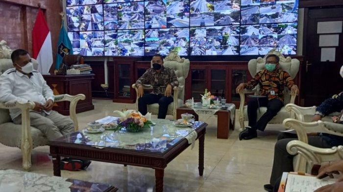 Ombudsman Jatim Temui Eri Cahyadi, Bahas Aduan hingga Apresiasi Aplikasi WargaKu di Surabaya
