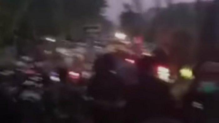 BERITA TERPOPULER JATIM: Kerusuhan Pos Penyekatan Suramadu - RSDC UIN Satu Tulungagung Nyaris Penuh