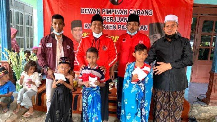 Sambut Bulan Bung Karno, DPC PDI Perjuangan Pasuruan Gelar Sunatan Massal