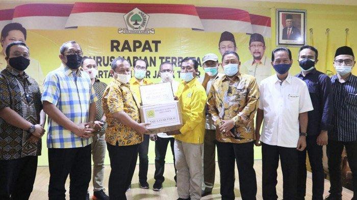 Beri Bantuan untuk Korban Bencana di Jember, Golkar Jawa Timur Salurkan Uang Hingga Pakaian