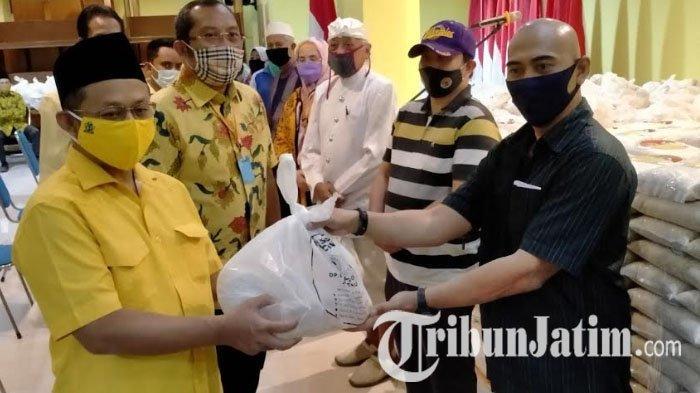 Bantu Warga Terdampak Covid-19, Golkar Jatim Sebar41.500Paket Sembako Ramadhan