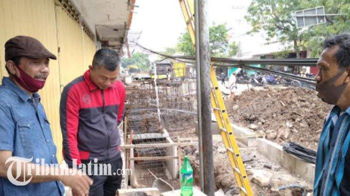 Tindaklanjuti Pengaduan Warga, Ketua DPRD Nganjuk Sidak Proyek Pedestrian di Kota Nganjuk