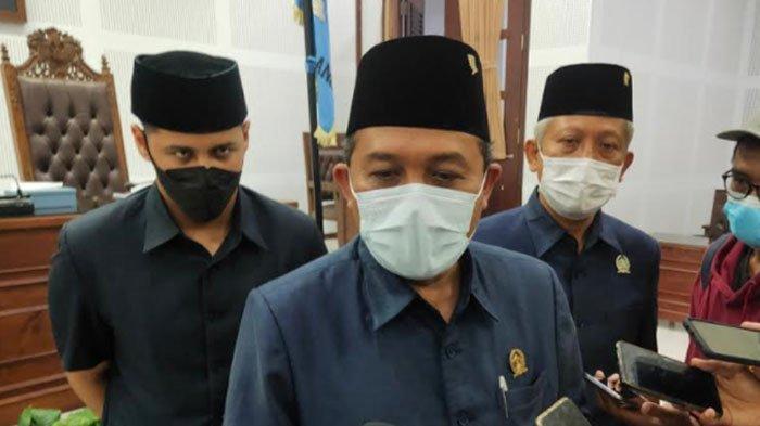 Reklame di Monumen Pesawat Dibongkar, Ketua DPRD Kota Malang Dorong Eksekutif Lebih Tegas