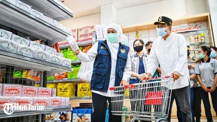 Khofifah-Gus Ipul Kunjungi Pasar, Pastikan Stok Sembako Pasuruan 'Sangat Aman' hingga Lebaran 2021