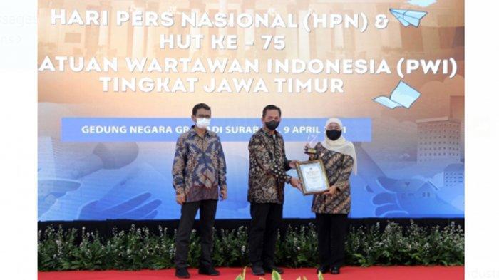 Peringatan HPN 2021, Gubernur Jatim Khofifah Berpesan Industri Pers Berjalan Sehat dan Terlindungi