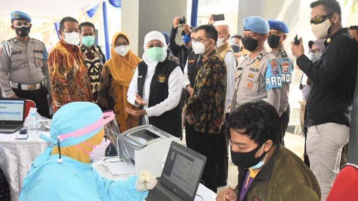 Capaian Vaksinasi Covid-19 di Surabaya dan Mojokerto Sudah 70 Persen, Khofifah Kejar Herd Immunity
