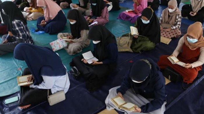 Terapkan Prokes Ketat, Murid Sekolah Islam Shafta Surabaya Ikuti Khotmil Quran dan Pondok Ramadan
