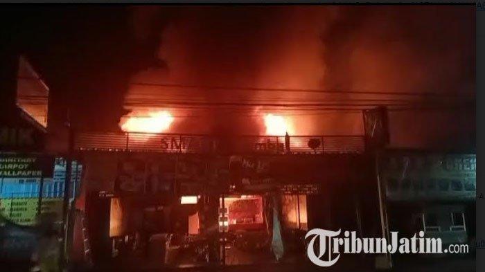 Kronologi 7 Kios di Babat Lamongan Ludes Terbakar, Pengunjung Panik Berhamburan