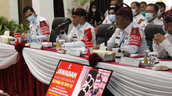 Suasana kunjungan24 anggota Komisi III DPR RIke Kantor Imigrasi Kelas I Khusus TPI Surabaya pada, Rabu (14/10/2020) siang.