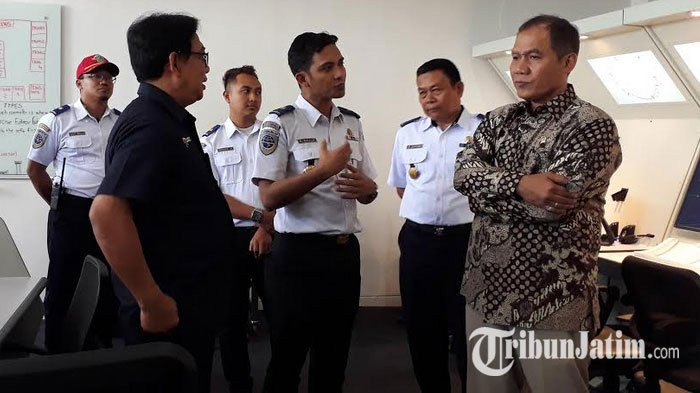 Pastikan SDM untuk Bidang Perhubungan Unggul, Komisi V DPR RI Kunjungi Poltekbang Surabaya