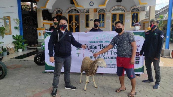 33 Komunitas di Jember Antusias Gelar Program Tebar Paket Daging Korban Saat Idul Adha 1442 H