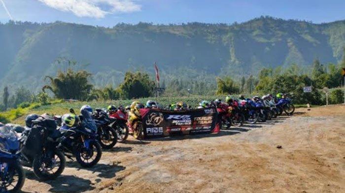 YR15CI Surabaya Kompak Gas Pol ke Gunung Bromo,Touring Perdana, Tak Bisa Lupakan Nasi Aron