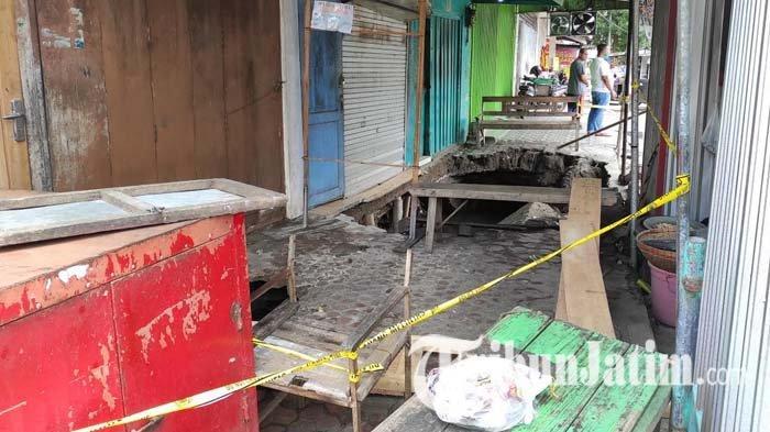 DPUPR Kota Blitar Sebut Bangunan Trotoar Jalan Mawar Lama Tidak Diperbaiki
