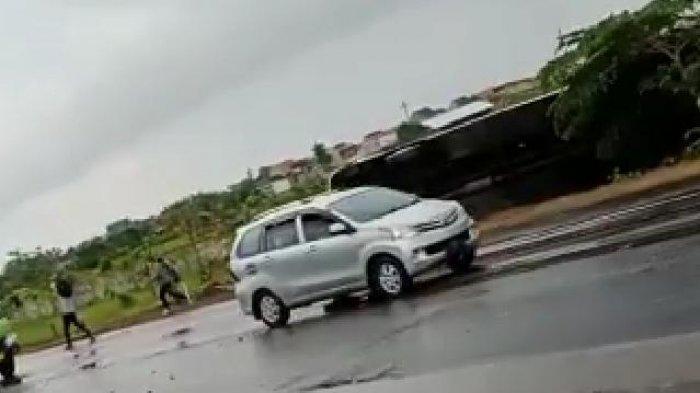 1 Bus Dikabarkan Terguling di Tol Waru, PJR Polda Jatim Sudah Tiba di Lokasi