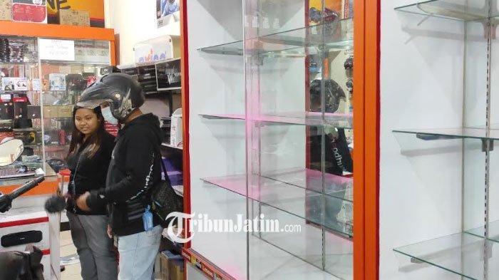Aksi Komplotan Pembobol Toko Komputer di Kota Blitar Terekam CCTV, Berjumlah 5 Orang, 46 Laptop Raib