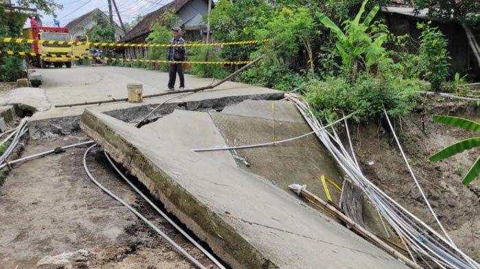 Perbaikan Jalan dan Jembatan Tahap Pertama Senilai Rp 20 M di Kabupaten Mojokerto Terancam Molor