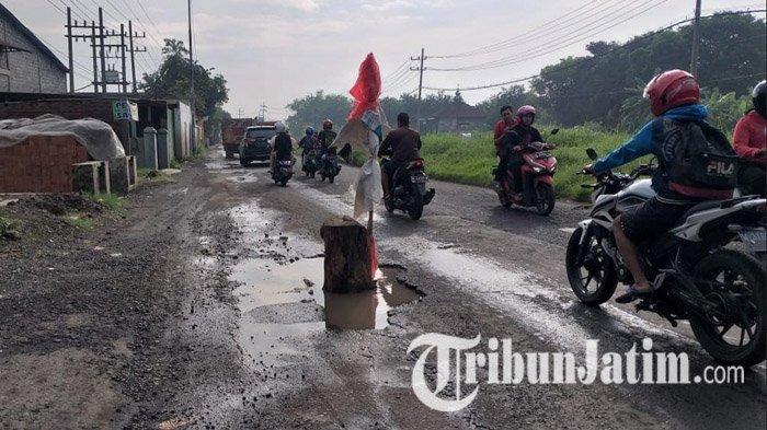 Banyak Jalan Rusak Belum Diperbaiki, Kinerja Dinas PU BMSDA Sidoarjo Dinilai Lambat, Ini Alasannya