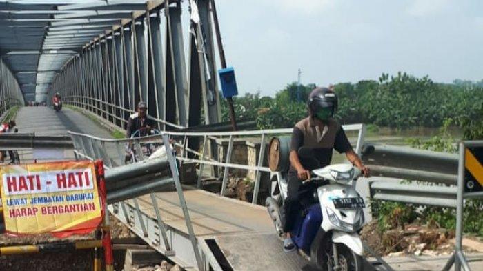 Jembatan Darurat Dipasang, Jembatan Glendeng Tuban-Bojonegoro Dibuka untuk Roda Dua