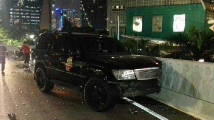 Diduga Pindah Lajur untuk Mendahului, Mobil Marko Simic Tabrak Kendaraan Dinas PAM OBVIT di Semanggi