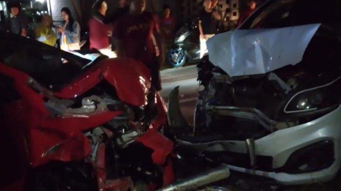 3 Kendaraan Kecelakaan Beruntun di Sampang, Dipicu Pengendara Motor Ceroboh Menyalip Saat Tikungan