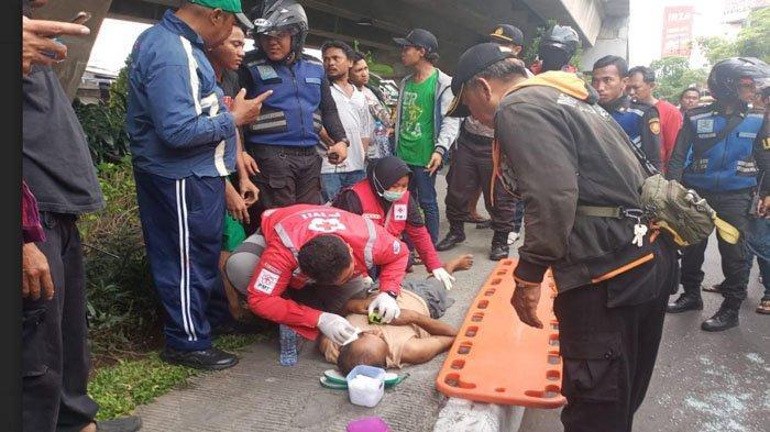 BREAKING NEWS: Aksi Nekat Pria Surabaya Loncat dari Jembatan Layang, Sempat Minta si Anak Pulang