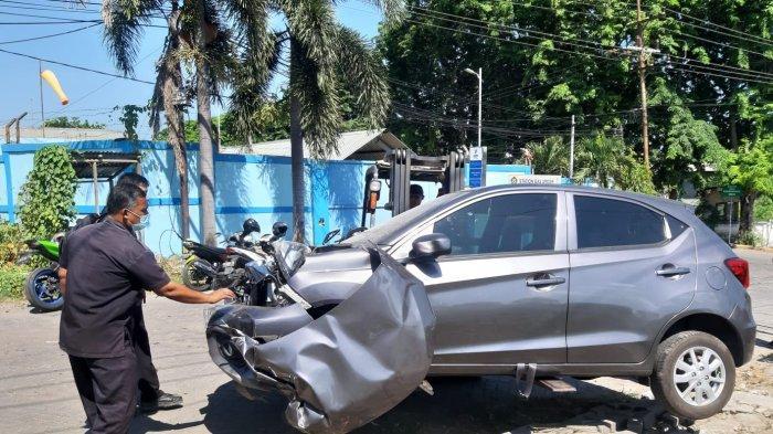 Pengemudi Asal Surabaya Tabrak Kereta di Gresik, Begini Kondisinya Kini