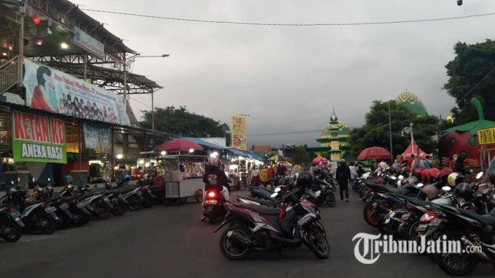 Alun-alun Kota Batu Mulai Ramai saat PPKM Level 3, Wali Kota Ingatkan Pengunjung soal Kesehatan