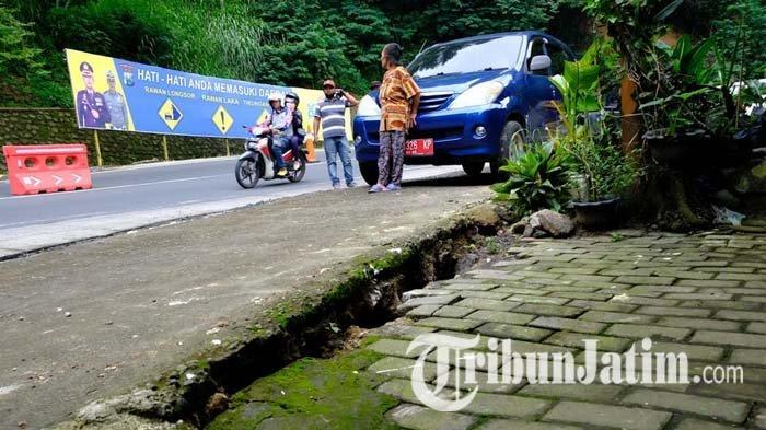 Polisi Berlakukan Sistem Buka Tutup di Kawasan Payung Kota Batu, Ada Perbaikan Saluran Drainase