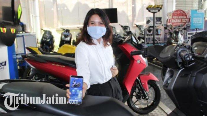 Mengetahui Waktu Ganti Oli Lebih Mudah, Yamaha Jatim: New Nmax 155 Connected/ABS Cocok Buat Wanita