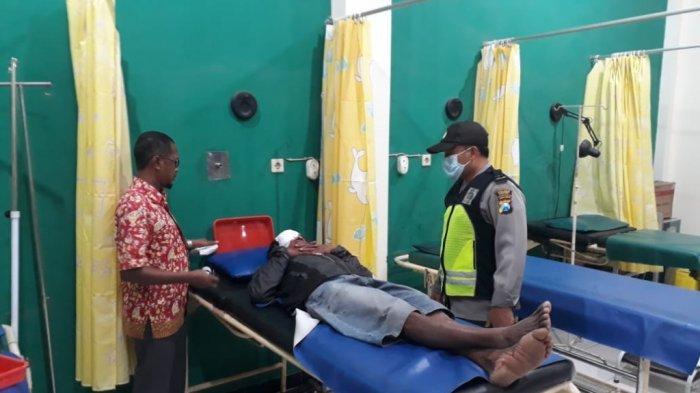 Jalan Rusak di Kediri Makan Korban Pengendara Motor Terjatuh, Korban Dalam Perawatan Intensif