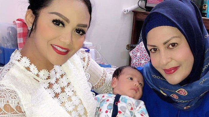 Sechah Sagran Mantan Istri Raul Lemos Kepergok Komentari Foto Anak-anak Krisdayanti dengan Anang
