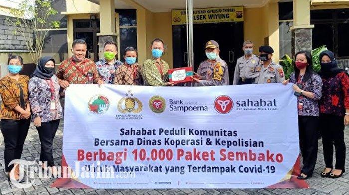 KSP Sahabat Mitra Sejati & Bank Sampoerna Kirim Sembako untuk Warga Surabaya Terdampak Covid-19