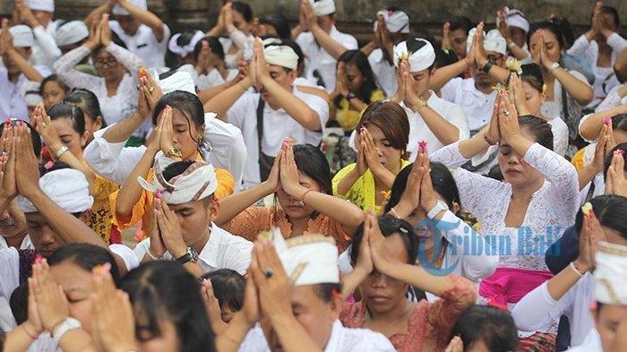 Kumpulan Ucapan Hari Raya Galungan dan Kuningan dalam Bahasa Bali, Dilengkapi Terjemahan Indonesia!