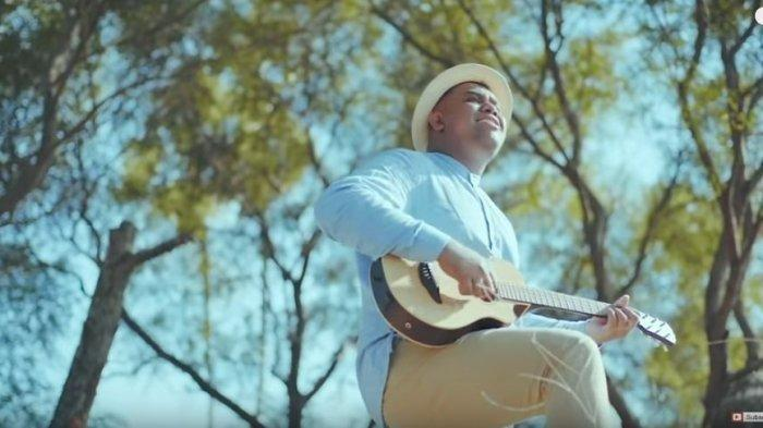 Chord Gitar dan Lirik Lagu 'Jera' Cover Andmesh Kamaleng, Viral TikTok, 'Salam Hangat Untuk Cintamu'