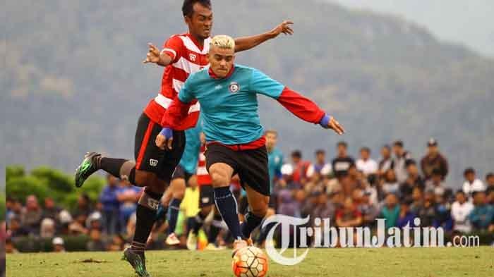 Arema FC Tunggak Gaji Pemain, Begini Tanggapan Serius Cristian Gonzales