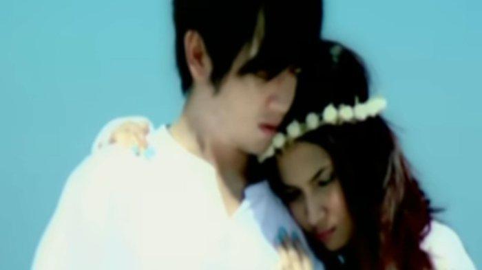 Kuci Gitar 'Indah Cintaku' Vanessa Angel ft Nicky Tirta, Lirik Lagu Romantis: Sungguh Indah Cintaku