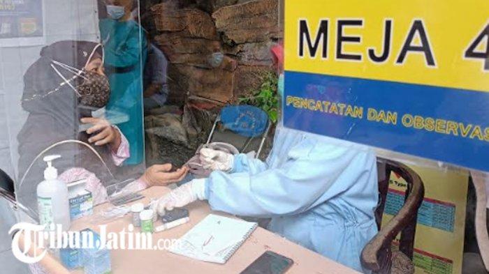 Lansia Surabaya Mulai Vaksinasi Covid-19 Sinovac Hari Ini, Ada Jatah 12.480 Vial di Gelombang Kedua
